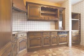 peinture meuble bois cuisine peindre ses meubles de cuisine conceptions de la maison bizoko com