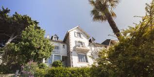 chambre d hote hyeres pas cher villa marguerite chambres d hôtes de charme en bord de mer
