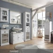 badezimmer im landhausstil badschrank weiß badezimmer ideen landhausstil schrank weiß