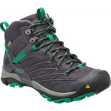 womens boots 25 best 25 s hiking boots ideas on hiking boots