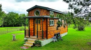 tiny house show nation s largest tiny house event coming to area east ridge news