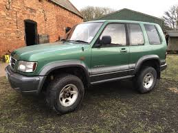 isuzu trooper 4x4 spares or repair swb petrol in edgware