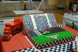 lightning mcqueen birthday cake about cakes sam s cars birthday cake starring lightning