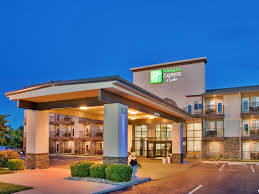 inn express suites branson 76 central hotel by ihg