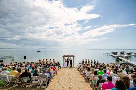Wedding Venues Duluth Mn Jake Shelby Pelican Lake Wedding And Breezy Point Resort