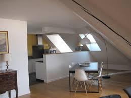 cuisine moderne ouverte sur salon cuisine ouverte sur le salon salle à manger sous les toits