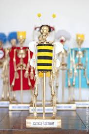 costume award trophies for your halloween party make it and