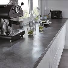 changer un plan de travail de cuisine changer le plan de travail une idée de relooking pour la cuisine