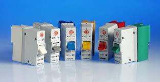 4 way metal consumer unit 60 amp switch