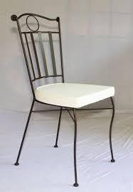 chaise confort en fer forgé plein table jardin mosaïque