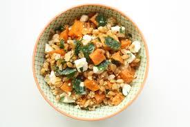 cuisiner le petit eautre salade de petit épeautre patate douce rôtie et féta tea pepper