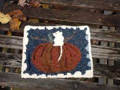 Rug Hooking Daily Little Dog Rug Hooking Daily Hand Hooked Rugs U0026 Rug Ispiration
