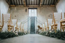 styled shoot rustic barn meets english country glamour wedding