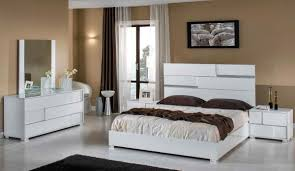 White High Gloss Bedroom Furniture by Modrest Ancona Italian Modern White Bedroom Set