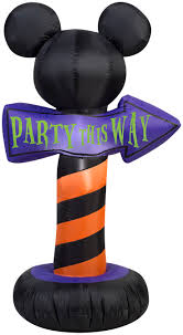58 best halloween airblown inflatables images on pinterest