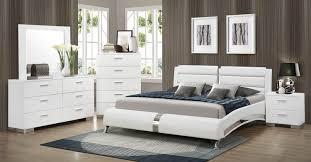 White Platform Bedroom Sets Coaster Felicity Platform Bedroom Set White 300345 Bed Set At