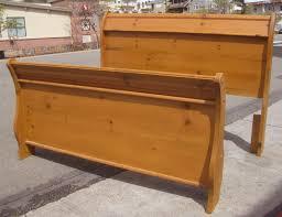 uhuru furniture u0026 collectibles sold queen pine sleigh bed 70