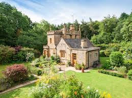 Castle For Sale by Uk U0027s Smallest Castle Is On Sale For Just 550 000 Business Insider
