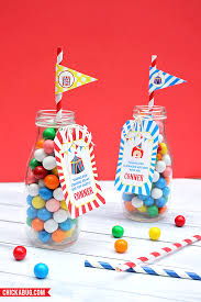 carnival party supplies how to make carnival or circus party favors chickabug