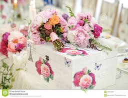 On Table Wedding Decoration On Table Floral Arrangements And Decoration