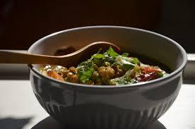 cuisiner curcuma frais soupe de lentilles vertes et légumes au gingembre et curcuma frais