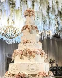 wedding cake murah dan enak pilih cupcake enak untuk dijadikan pelengkap acara ulang tahun
