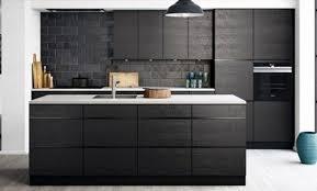 cuisine gris foncé meuble cuisine gris anthracite deco cuisine bois ide dco cuisine