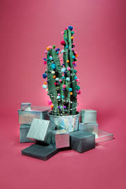 best 25 garland on christmas tree ideas on pinterest pine