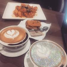 Where To Buy Edible Glitter Where To Buy Glitter Cappuccinos Popsugar Food