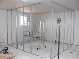 faire une salle de bain dans une chambre la construction de notre maison cloisons de l etage des chambres