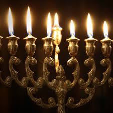 channukah candles the spirit of the chanukah candles and their lesson torah jews