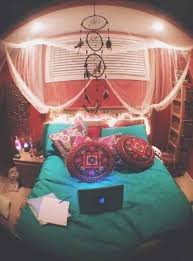 Psychedelic Room Decor Bedroom Elegant Best 20 Stoner Room Ideas On Pinterest Weed Trippy