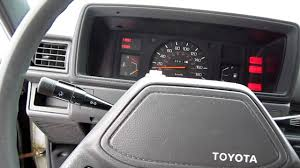 1982 Toyota Pickup Interior Old 1987 Toyota Pick Up Truck Hilux 2 4d Diesel Engine Youtube