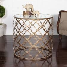 Quatrefoil Table L Vignettes