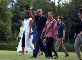 Vacation Obama Barack And Michelle Obama Bali Vacation Traveling In Style Vogue