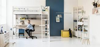 hochbett mit schreibtisch und sofa kinderzimmer möbel und ideen zur einrichtung möbel kraft
