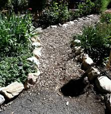 Landscaping Wood Chips by How To Make A Hillside Garden Path Wood Chips For Garden Path