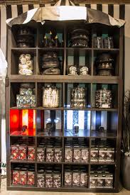 Halloween Town Burbank Ca by 10 Best Vitrine Halloween Images On Pinterest Store Windows