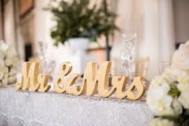 mr and mrs sign for wedding classic california wedding with outdoor ceremony indoor