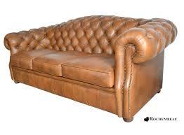 canapé chesterfield cuir noir fauteuil chesterfield medium size of salon chesterfield cuir