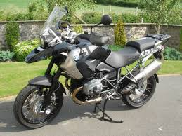 sold bmw r1200gs triple black 2011 very low mileage with luggage