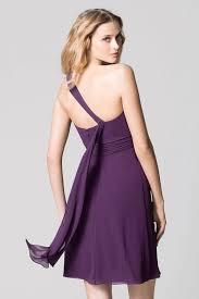 robe violette mariage chic robe courte violet encolure asymétrique pour cocktail mariage
