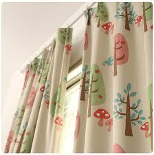 rideaux pour chambre de bébé rideau chambre enfant rideau voile de coton thme family cat beige