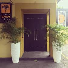 Restaurant Patio Planters by Mkm Diary U2014 Mkm Luxe