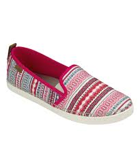 Zulily Clothes And Shoes Sanuk Slip On Shoes For Women Men And Kids Zulily