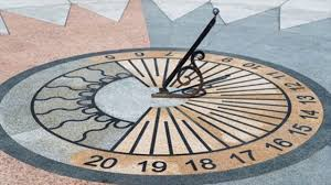 different types of sundial gardening ornament tips