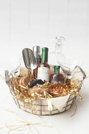 cheap baskets for gifts gorgeous gift baskets so easy to copy it s gift