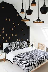 Chambre Mur Et Noir Comment Utiliser Le Doré Dans Intérieur Cocon De Décoration