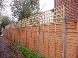 metal trellis fence home u0026 gardens geek