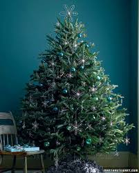White Christmas Tree With Black Decorations 27 Creative Christmas Tree Decorating Ideas Martha Stewart
